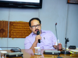 Dr. Nani Gopal Mahanta, HOD Pol.Sci, Gauhati University, carry forwarding the Valedictory session of the Two-Day Orientation Program on Contemporary Issues of North East